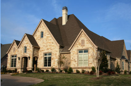 Picture of a home with shingle roofing